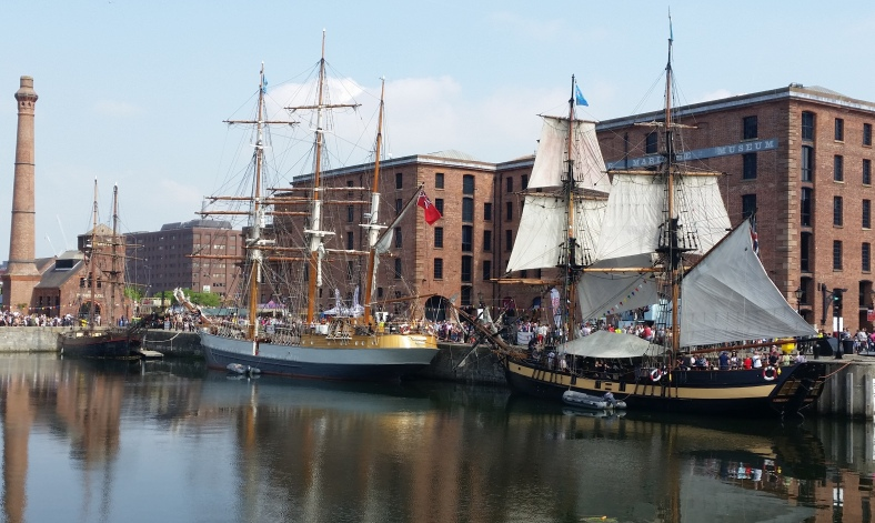 masted ships at the river festival liverpool 2016.jpg