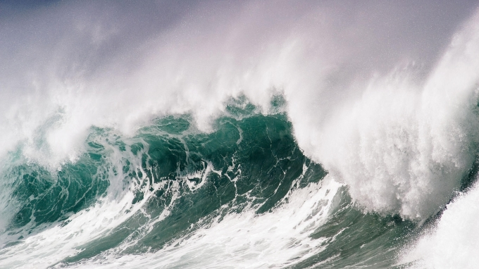 irsih sea waves.jpg
