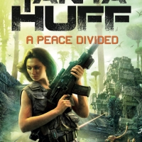 """A Peace Divided - Peacekeeper #2"" by Tanya Huff"