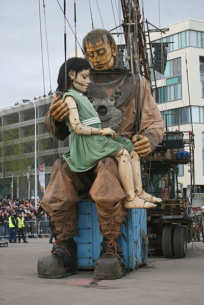 The little girl giant and her uncle hug after reuniting