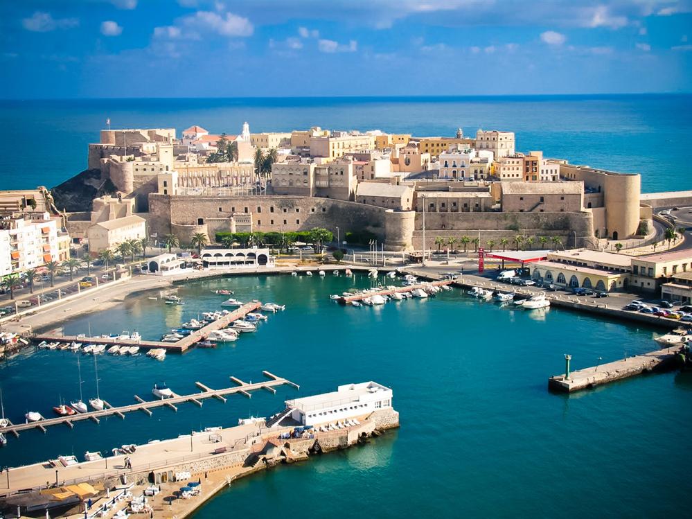 Melilla-port
